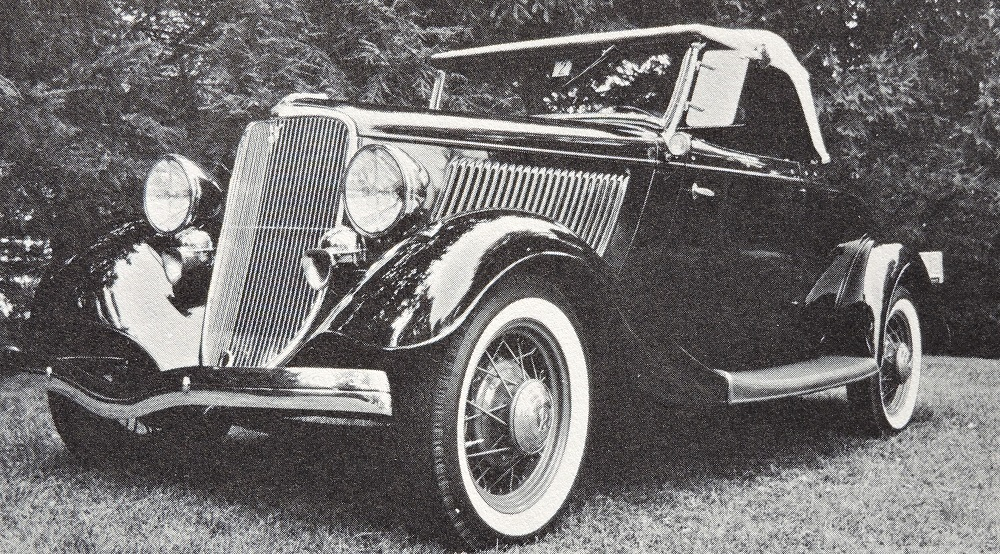 Ford 1933 V8 Roadster Deluxe made in France